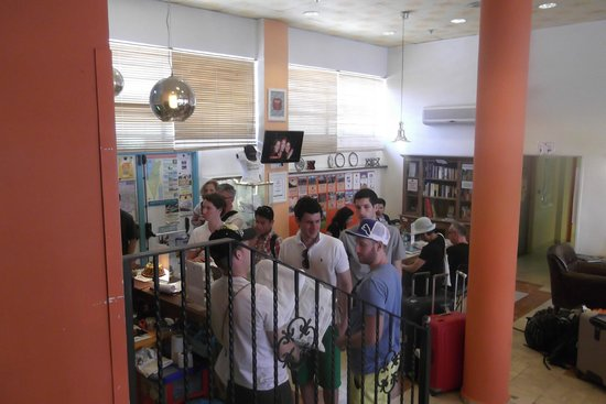 Abraham Hostel Jerusalem : Reception area