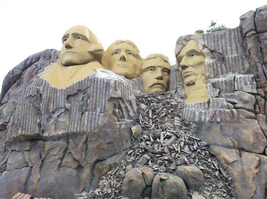 Legoland Billund: monti rushmoore