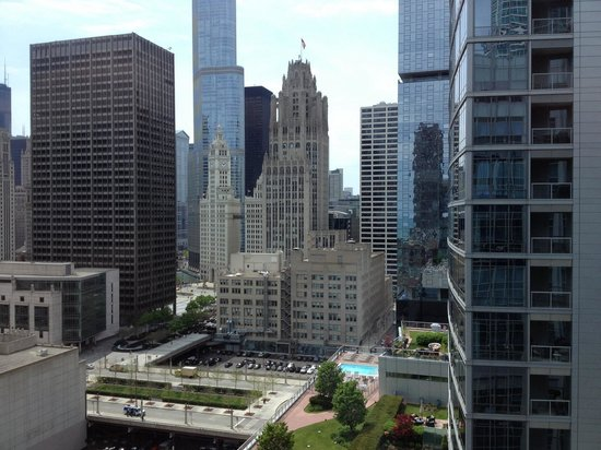 Embassy Suites by Hilton Chicago Downtown Magnificent Mile : Nice view from 17th floor