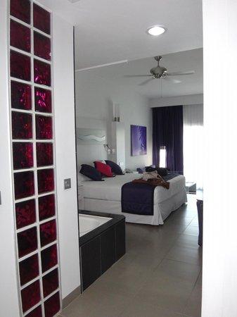 Hotel Riu Palace Mexico: Room