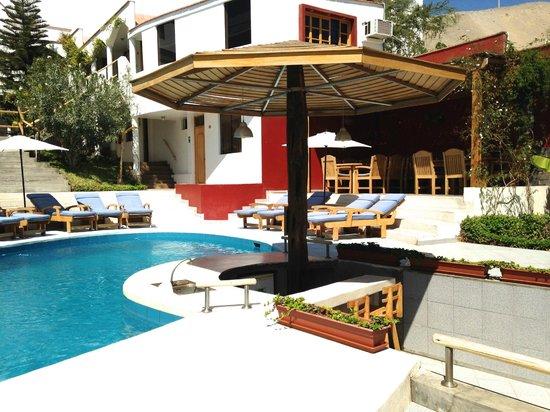 Hotel Villa Jazmin: Poold área