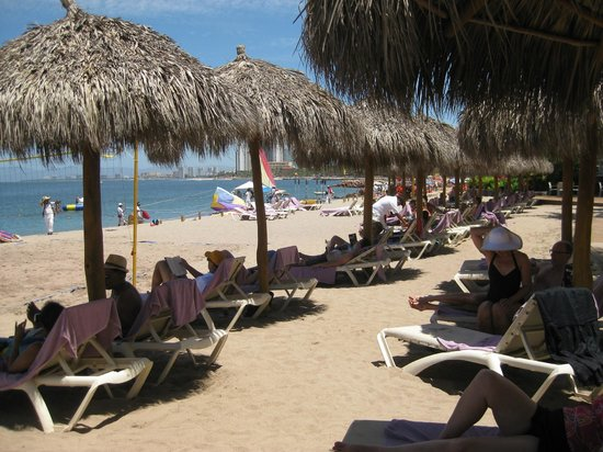 Secrets Vallarta Bay Resort & Spa: Beach area