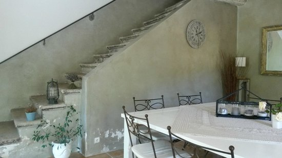 Cote Provence: dining entrance