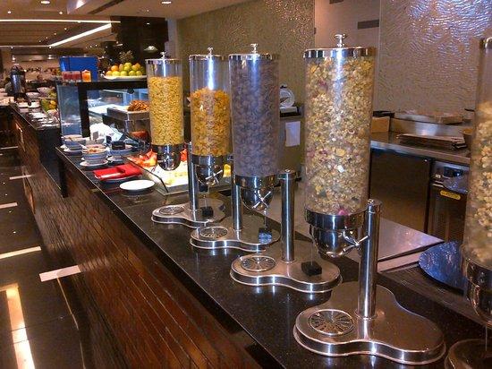 Melia Kuala Lumpur: Brilliant Breakfast !