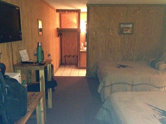 Big Texan Motel: room overview 2