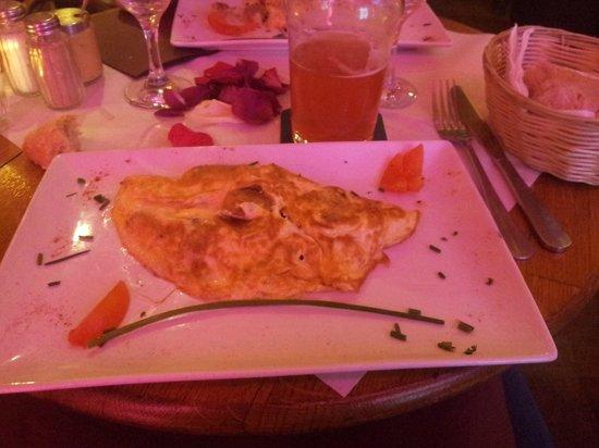 Cafe Le Petit Pont: Spanish omelette