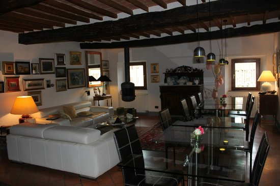 La casa di Adelina Charming House : part of living room