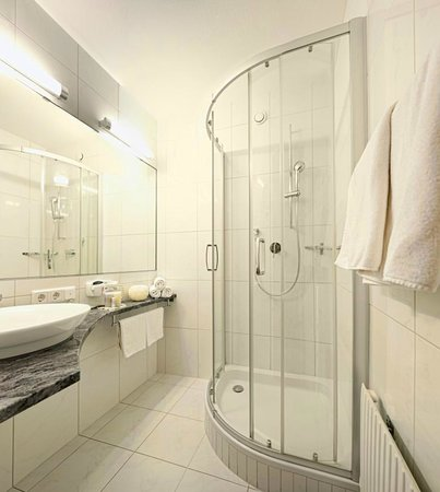Biohotel Leutascherhof: Badezimmer Gartenzimmer