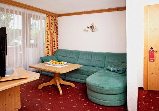 Biohotel Leutascherhof: Wohnzimmer Predigtstein