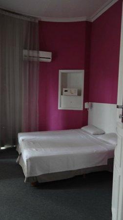 Hotel Mundial : Habitación