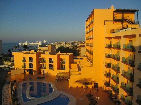Pierre & Vacances Residence Torremolinos Stella Polaris: Stunning Views from the Balcony