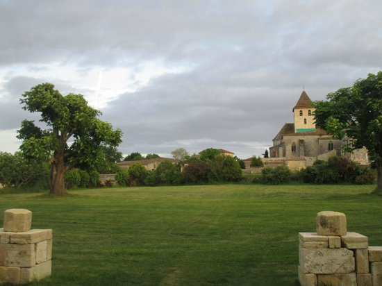 Maison d'Amis at Domaine de Polus : View looking from front of house and leading to village