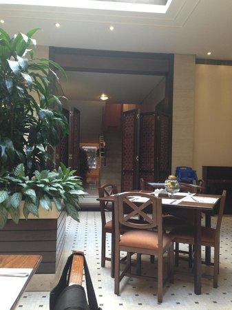 Casa D'or Hotel: Yemek salonu