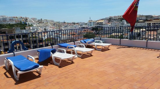 Apartamentos Turisticos Regina: roof top lounging