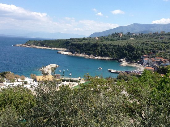 Baia di Puolo : the entire little town