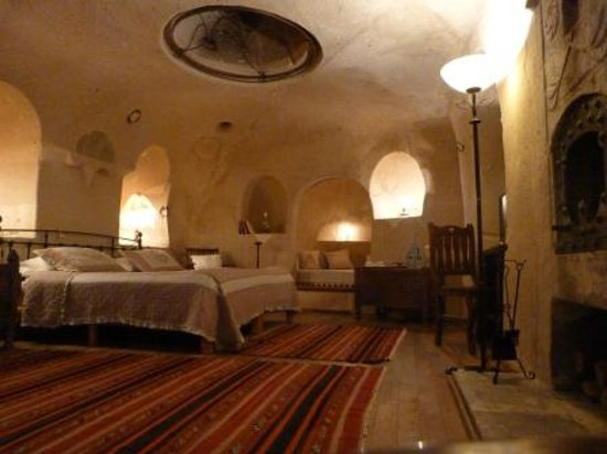 Kale Konak Cave Hotel : our cave room