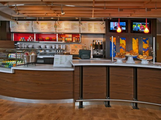Courtyard by Marriott Chicago Glenview: Courtyard Glenview Bistro - Eat Drink Connect