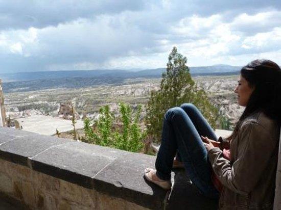 Kale Konak Cave Hotel: enjoying the view