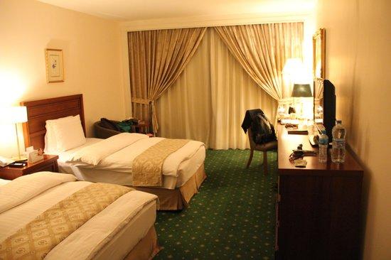 Regency Palace Amman : bedroom