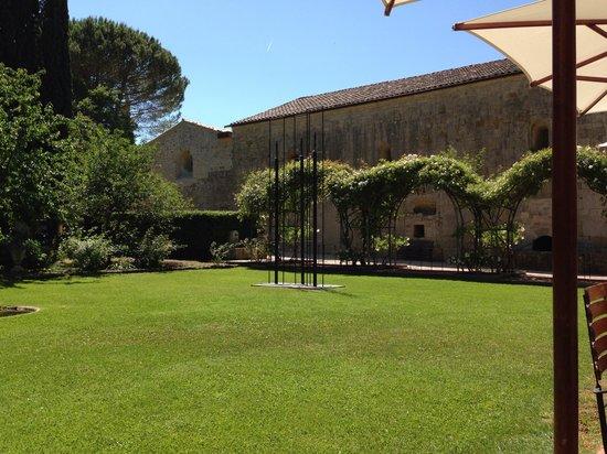 Hostellerie de l'Abbaye de la Celle: Le parc