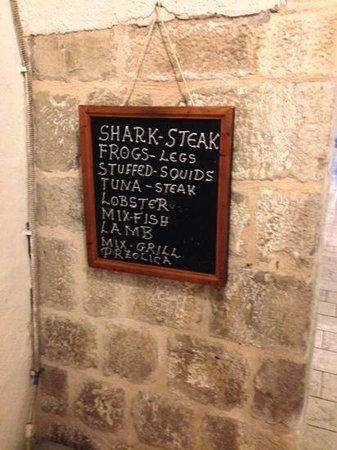 Aquarius: Short and simple menu board.