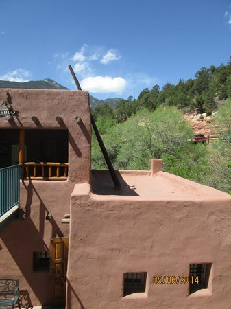 Manitou Cliff Dwellings: Rooftop
