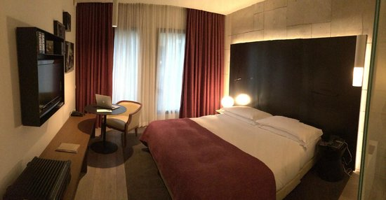 Mamilla Hotel: High levels of bed comfort