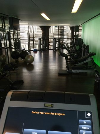 Mamilla Hotel: Great gym with plenty of equipment