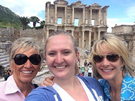 Ephesus Tours : Triple selfie at Ephesus