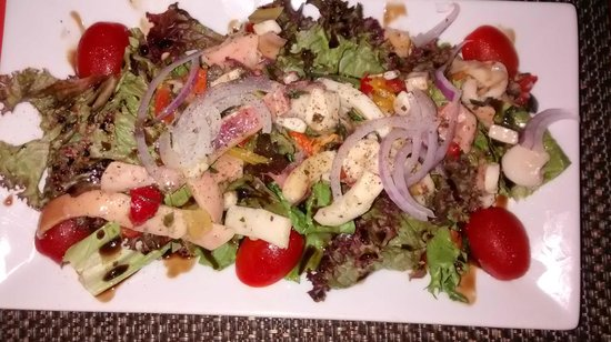 Piazza Pascal : Mixed Seafood Salad