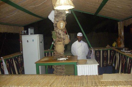 Restaurant Elbey: SERVEUR