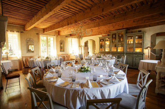 La Maison - Domaine De Bournissac: Dining Room