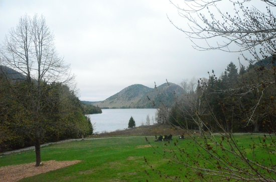 MainStay Cottages & RV Park: Johnson Pond at Acadia National Park