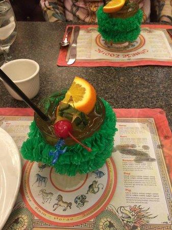 Cathay Pacific Restaurant: Mai Tai's