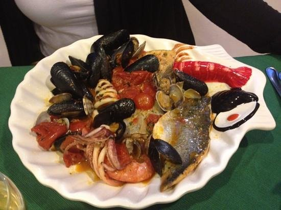seafood soup amalfi style recipes dishmaps seafood soup amalfi style ...