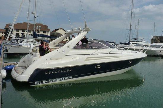 Powerboat Days: Beautiful!