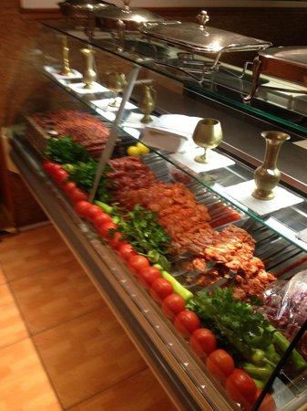 Imge: Freshly cooked kebabs