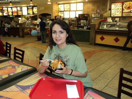 Imperial Valley Mall: con la comida mongola