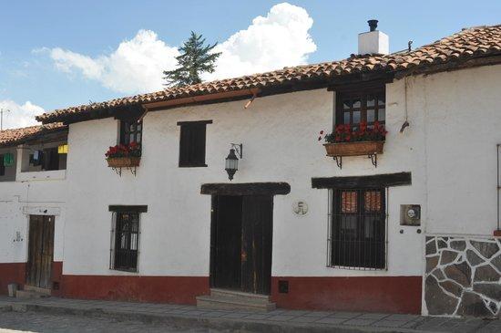 Fachadas pueblo m gico de tapalpa picture of tapalpa - Casas de pueblo reformadas ...