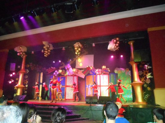 IBEROSTAR Playa Alameda Hotel: The Teather
