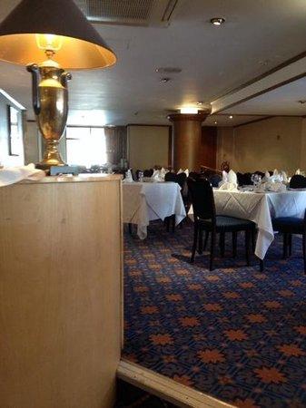 Cedar Court Hotel Huddersfield/Halifax: excellent dinning area