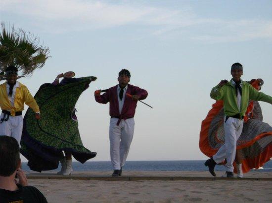 Solmar Resort: Dancers at the Mexican Fiesta dinner at the Solmar.