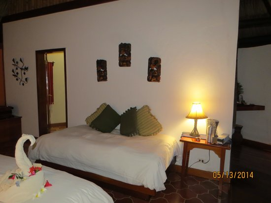 The Lodge at Chaa Creek: view into the room when I walked in