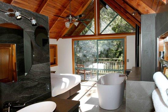 Grand Mercure Puka Park Resort: Rimu Chalet