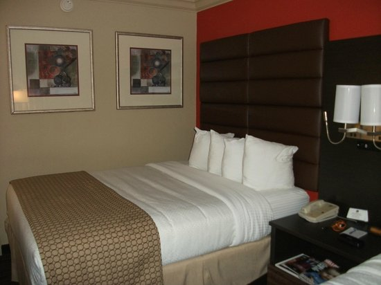 The Capitol Hotel Downtown Nashville : our room 525 spotless