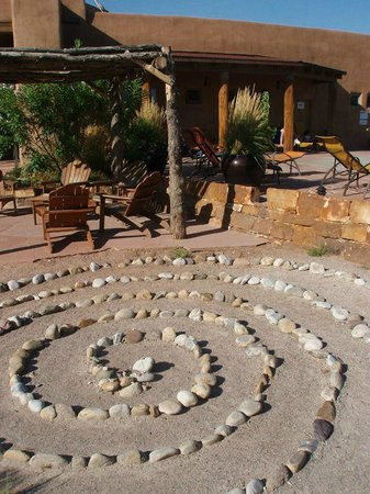 Ojo Caliente Mineral Springs Resort and Spa: One of the beautiful views on the spa grounds.