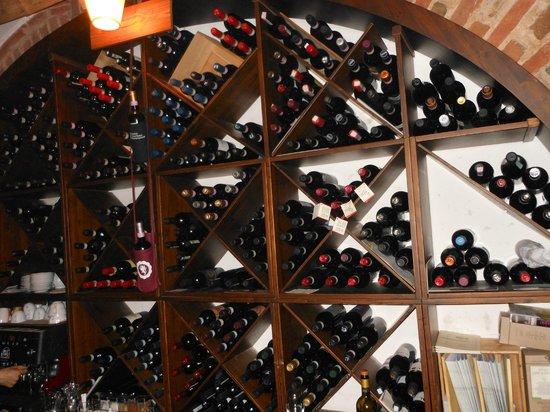 Le Logge del Vignola: vini
