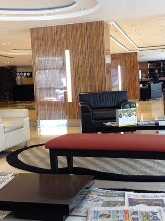 DoubleTree By Hilton Panama City: Lobby