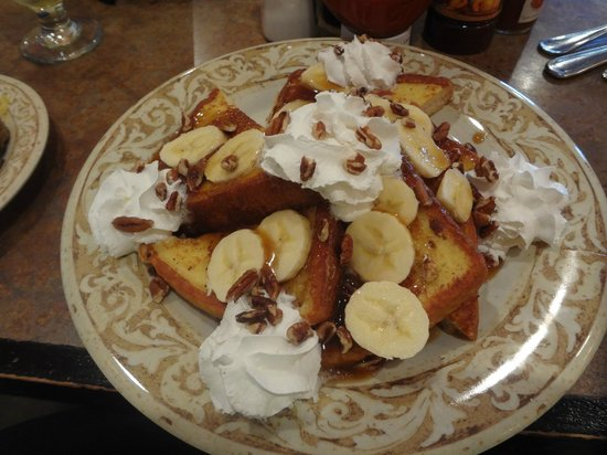 Another Broken Egg Cafe: Bananas Foster style French Toast