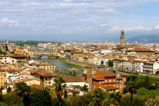 APTours Driver Tour Service: View of Florence from Piazzelli Michaelangelo